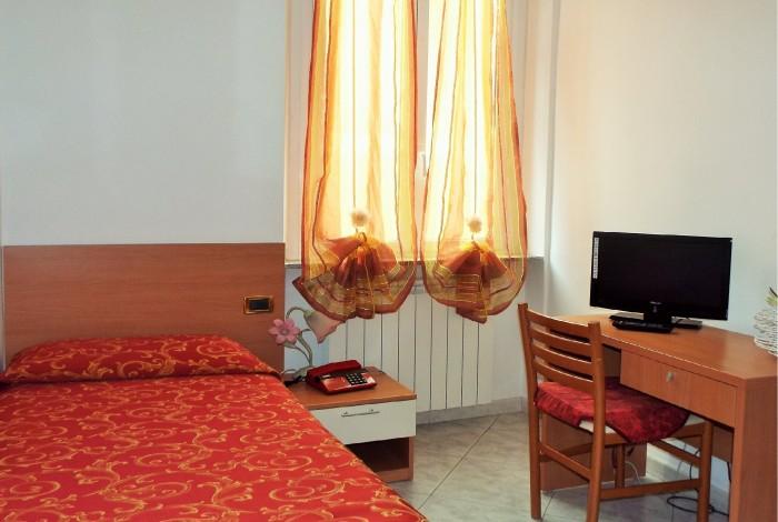 Solaro Ideale - Hotel Ideale Varazze - Albergo Tre Stelle con Camere Vista Mare In Liguria - Room Solaro Ideale